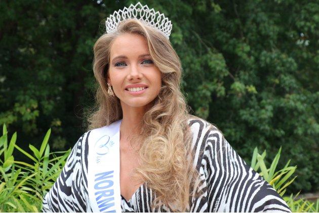 Qui est Amandine Petit, Miss Normandie 2020?