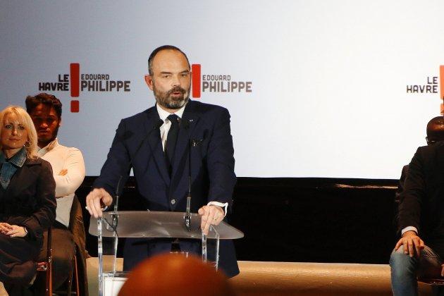 Emmanuel Macron attendu au Havre pour décorer Édouard Philippe