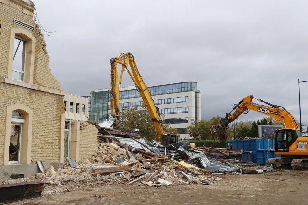 La démolition de l'ancienne caserne militaire Kléber a démarré