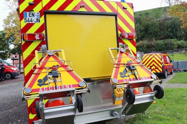 Camping-car contre deux-roues: deux jeunes transportés à l'hôpital