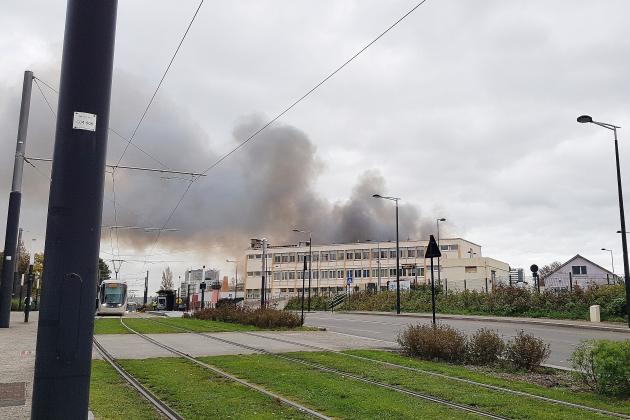 Entrepôt incendié: la piste criminelle envisagée