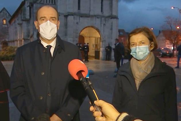 Le Premier ministre à Rouen après desattaques contre les catholiques