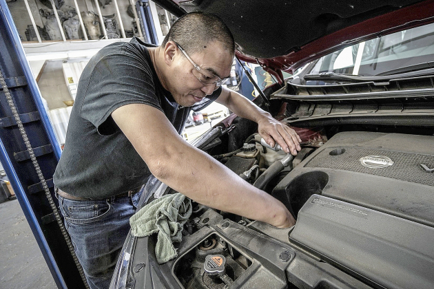 Puis-je emmener ma voiture pour son entretien annuel au garage?