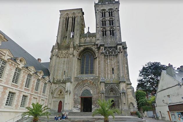Des tags injurieux découverts sur la cathédrale