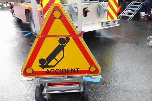 Un jeune hommetué dans un accident de la route