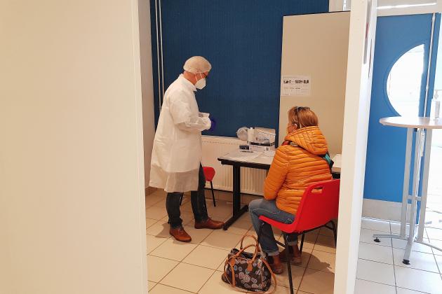 """Un centre de tests antigéniques """"pour désengorger les laboratoires"""""""