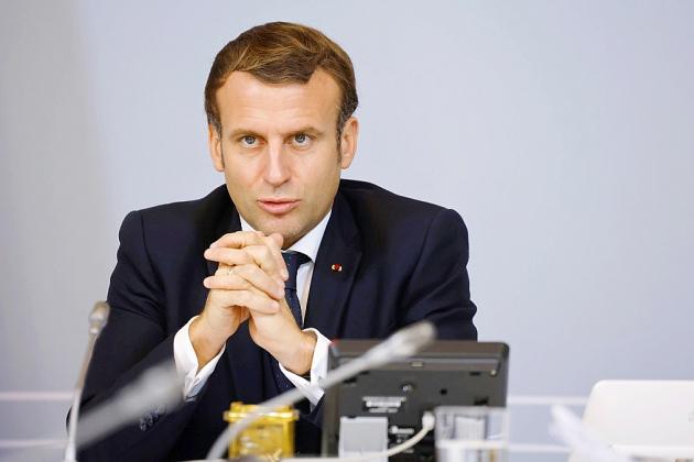 Covid-19: Macron attendu pour alléger les contraintes et donner des perspectives