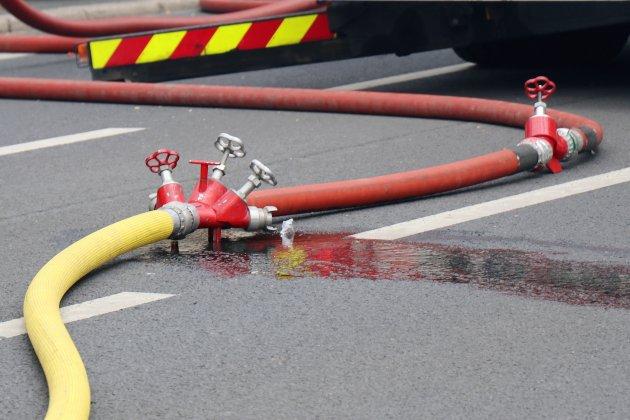 Les pompiers découvrent un corps après un feu d'appartement