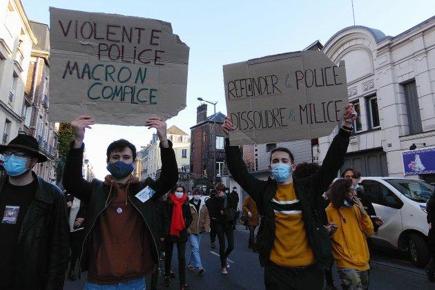 Un millier de manifestants dans les rues, des tensions en fin de défilé