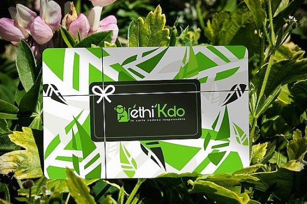 Ethi'Kdo, une carte maligne pour des fêtes écoresponsables