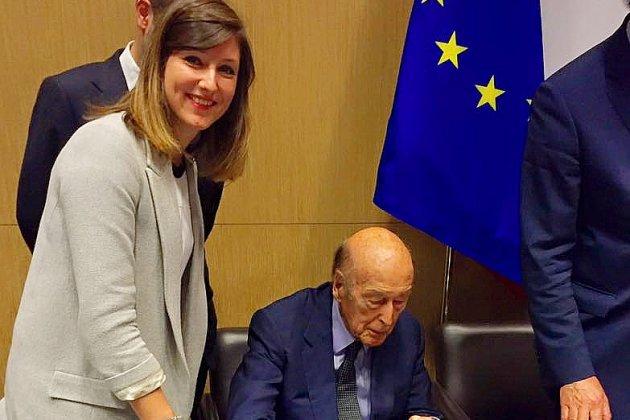 """Valéry Giscard d'Estaing, """"un exemple"""" pour Marine Caron, vice-présidente du Département"""