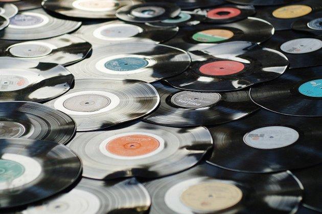 Découvrez les meilleures ventes d'albums en France en 2020