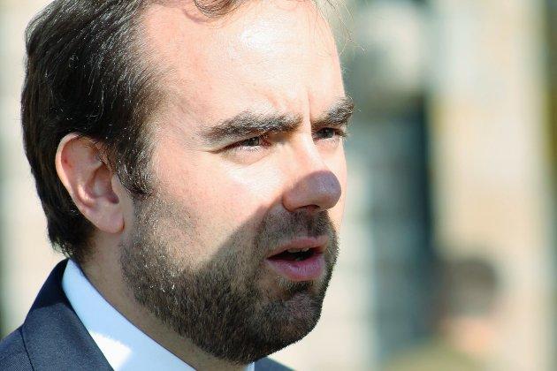 Sébastien Lecornu visé par une enquête pour prise illégale d'intérêt