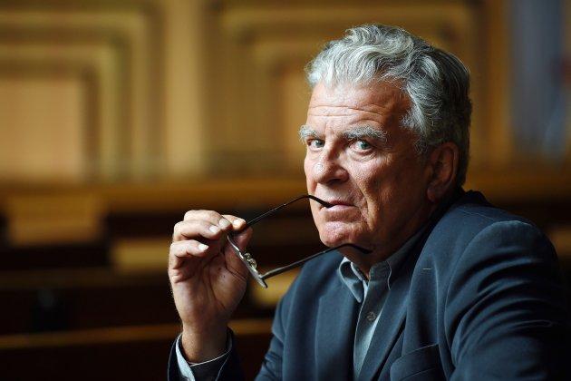 L'affaire Duhamel sème le trouble dans Paris