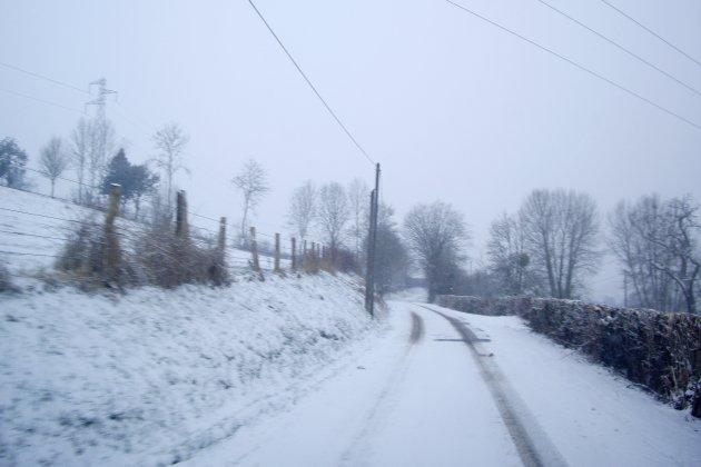 Importanteschutes de neige annoncées : la préfecture lance l'alerte