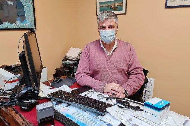 Covid-19: comment s'organise lavaccination AstraZeneca chez le médecin?