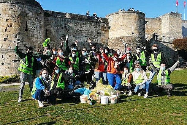 15000 mégots ramassés en 1h30 sur la pelouse du château