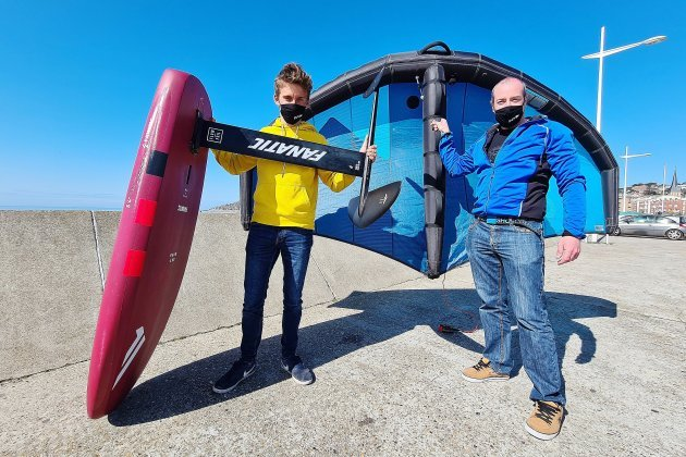 Bientôt des stages de wing foil, le sport nautique qui décolle !