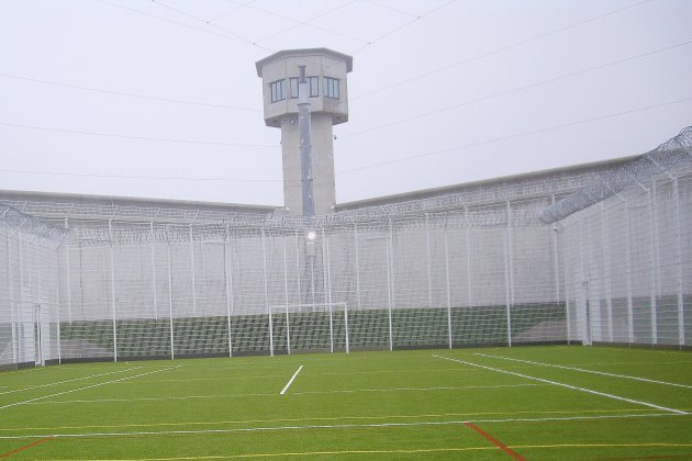 Douzemois de prison pour un détenu violent du centre pénitentiaire