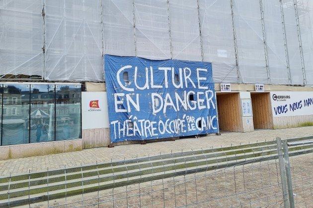 Culture: des élussignent une lettre ouverte à Emmanuel Macron