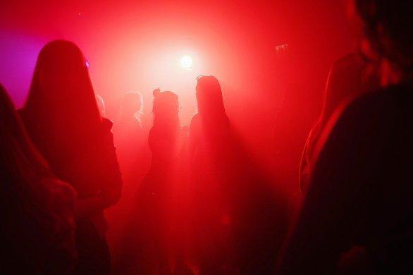 La police interrompt une fête clandestine sur l'esplanade Saint-Gervais