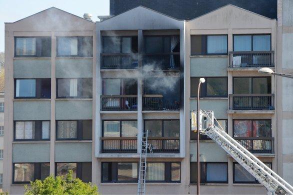 Un mort et deux blessés dans un incendie d'appartement