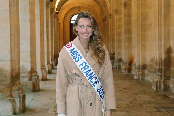Amandine Petit pourrait ne pas participer à Miss Univers
