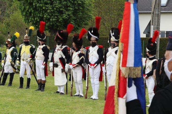 Le bicentenaire commémoré au pied de la colonne Napoléon