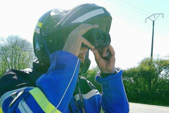Limité à 80, un jeune conducteur contrôlé à 140km/h