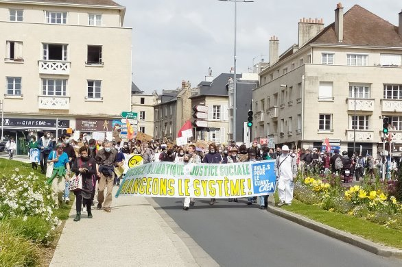 500 personneslors du rassemblementen centre-villede Caen