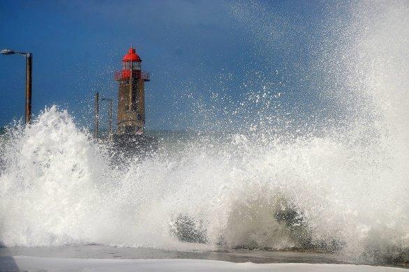 Des rafales et des vagues jusqu'à 9mètressur le littoral