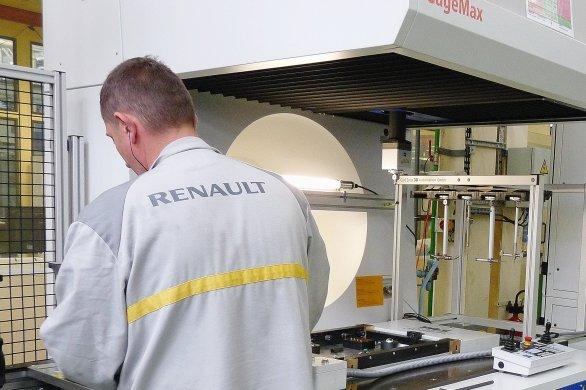 Mort d'un salarié à Cléon: Renault condamné à 300000euros d'amende