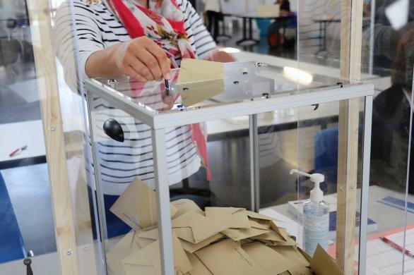 Seul un tiers des électeurs seinomarins s'est rendu aux urnes