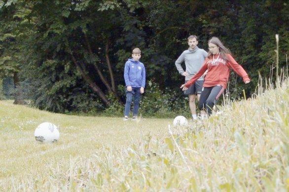 Lady's soccer: footgolf et course d'orientation contre la leucémie