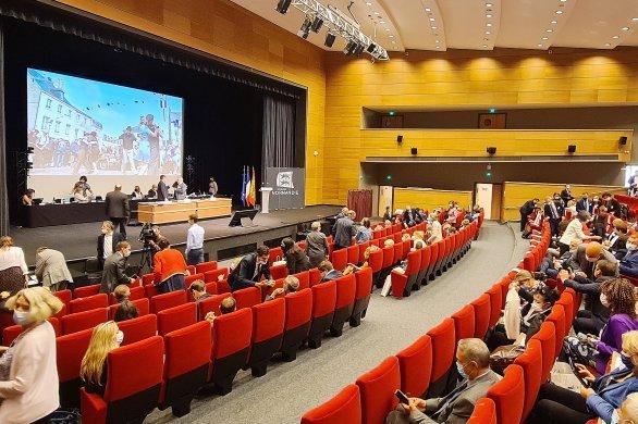 Découvrez les 15 Vice-Présidents de la Région Normandie