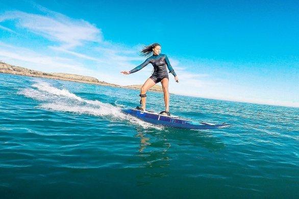 """Le """"e-surf"""" a fait son arrivée à la base de loisirs de Léry-Poses"""