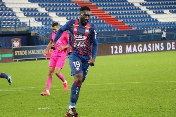 Deux victoires en deux matchs pour Caen qui s'impose 1-0 à Niort
