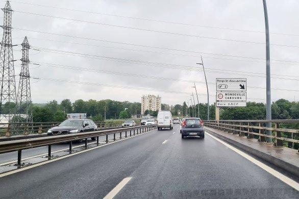 Viaduc de Calix: cinq conducteurs de poids lourds verbalisés