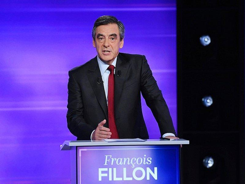 François Fillon lors du débat télévisé de l'entre-deux-tours de la primaire de la droite et du centre, le 24 novembre 2016 à Paris    Eric FEFERBERG [POOL/AFP]