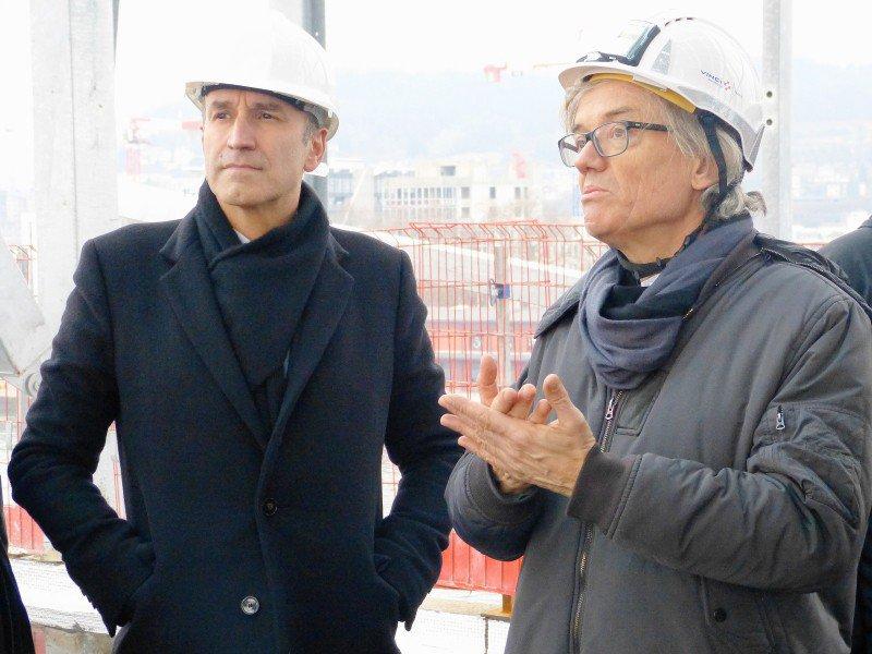 Frédéric Sanchez, président de la Métropole, à gauche, avec l'architecte Jacques Ferrier.
