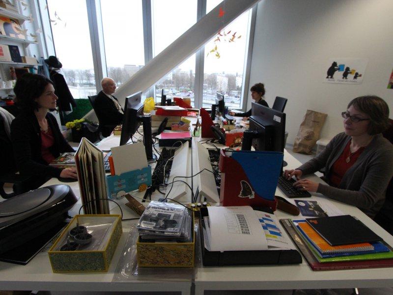 Dans l'un des bureaux réservé aux personnels. 85 agents y travaillent contre 79 dans la bibliothèque précédente. Bibliothèque Alexis de Tocqueville à Caen. 13 janvier 2017. - Maxence Gorréguès