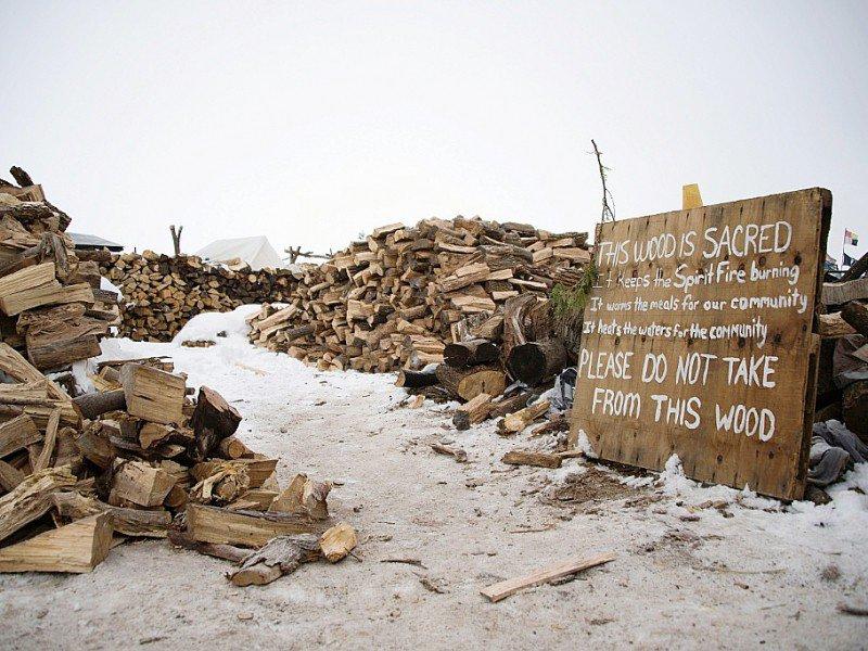 Réserve de la tribu sioux de Standing Rock qui reproche à la compagnie Energy Transfer Partners de vouloir faire passer l'oléoduc Dakota Access Pipeline, sur des sites sacrés où sont enterrés leurs ancêtres, menaçant aussi leurs sources d'eau potable    JIM WATSON [AFP/Archives]