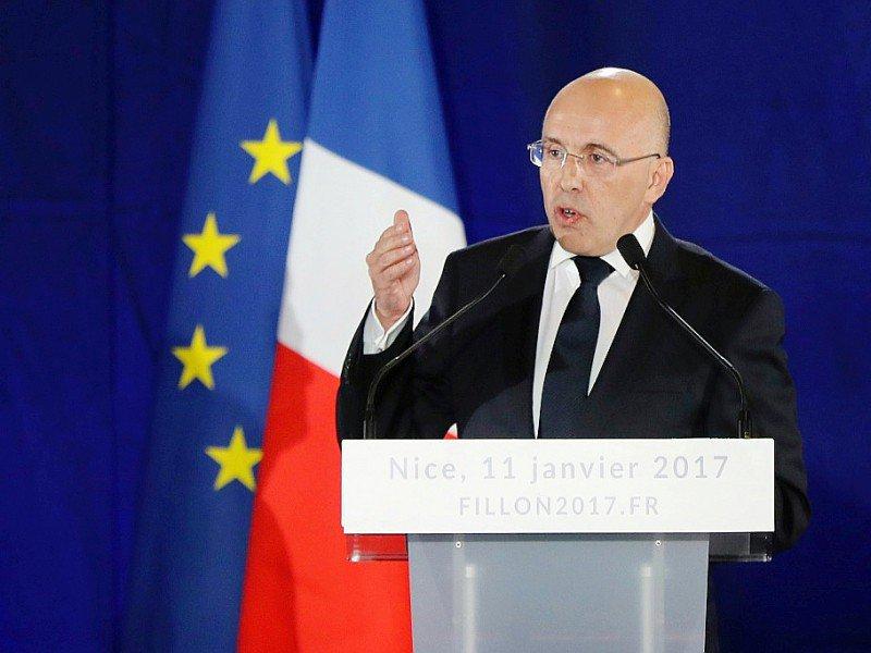 Eric Ciotti lors d'un meeting le 11 janvier 2017 à Nice    Valery HACHE [AFP/Archives]