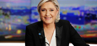 Marine Le Pen sur le plateau de TF1 lors du journal de 20h le 22 février 2017 à  Boulogne-Billancourt    Patrick KOVARIK [AFP]
