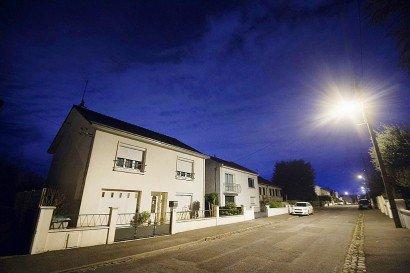Le 24 février 2017, photo de la maison d'une famille de quatre personnes d'Orvault, au nord de Nantes, qui a disparu mystérieusement de son domicile où des traces de sang ont été découvertes    JEAN-SEBASTIEN EVRARD [AFP]