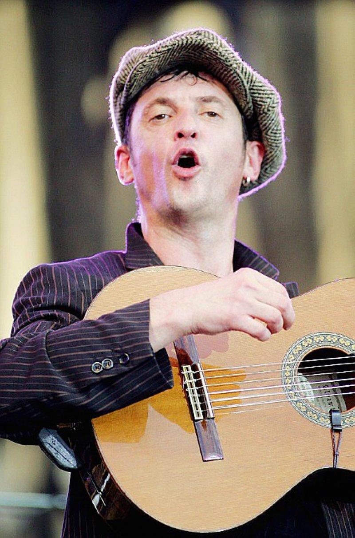 Yves Jamait, le 14 juillet 2007 en concert à La Rochelle    PIERRE ANDRIEU [AFP/Archives]