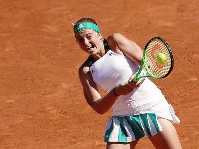 La fougue et l'énergie de la jeune Lettonne Jelena Ostapenko victorieuse de Simona Halep en finale à Roland-Garros, le 10 juin 2017 - Thomas SAMSON [AFP/Archives]