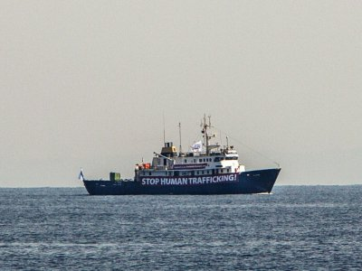 Le bateau des militants d'extrême droite C-Star au large de la Libye, le 5 août 2017    Angelos Tzortzinis [AFP]