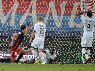 L'attaquant croate Ivan Santini (N.26) a ouvert le score pour les Caennais face à Dijon au stade Michel d'Ornano,  le 9 septembre 2017    JEAN-FRANCOIS MONIER [AFP]