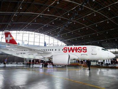 Un Bombardier CS 100 sous les couleurs de la compagnie Swiss, le 06 juillet 2016 à Zurich - MICHAEL BUHOLZER [AFP/Archives]